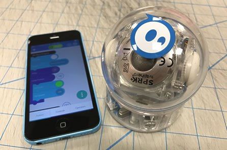 Fun and easy programming with the Sphero robot