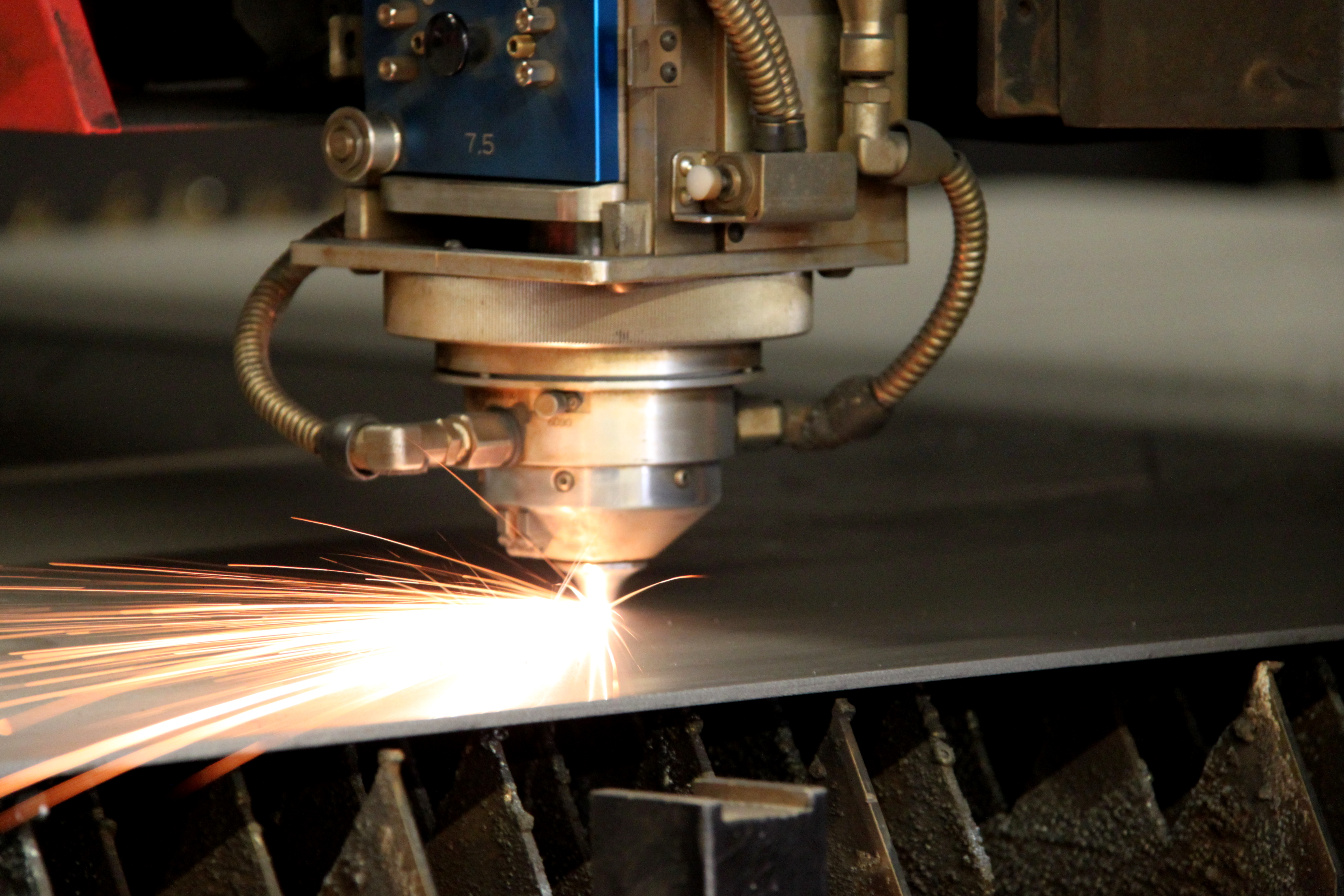 Tool Orientation: Laser Cutting