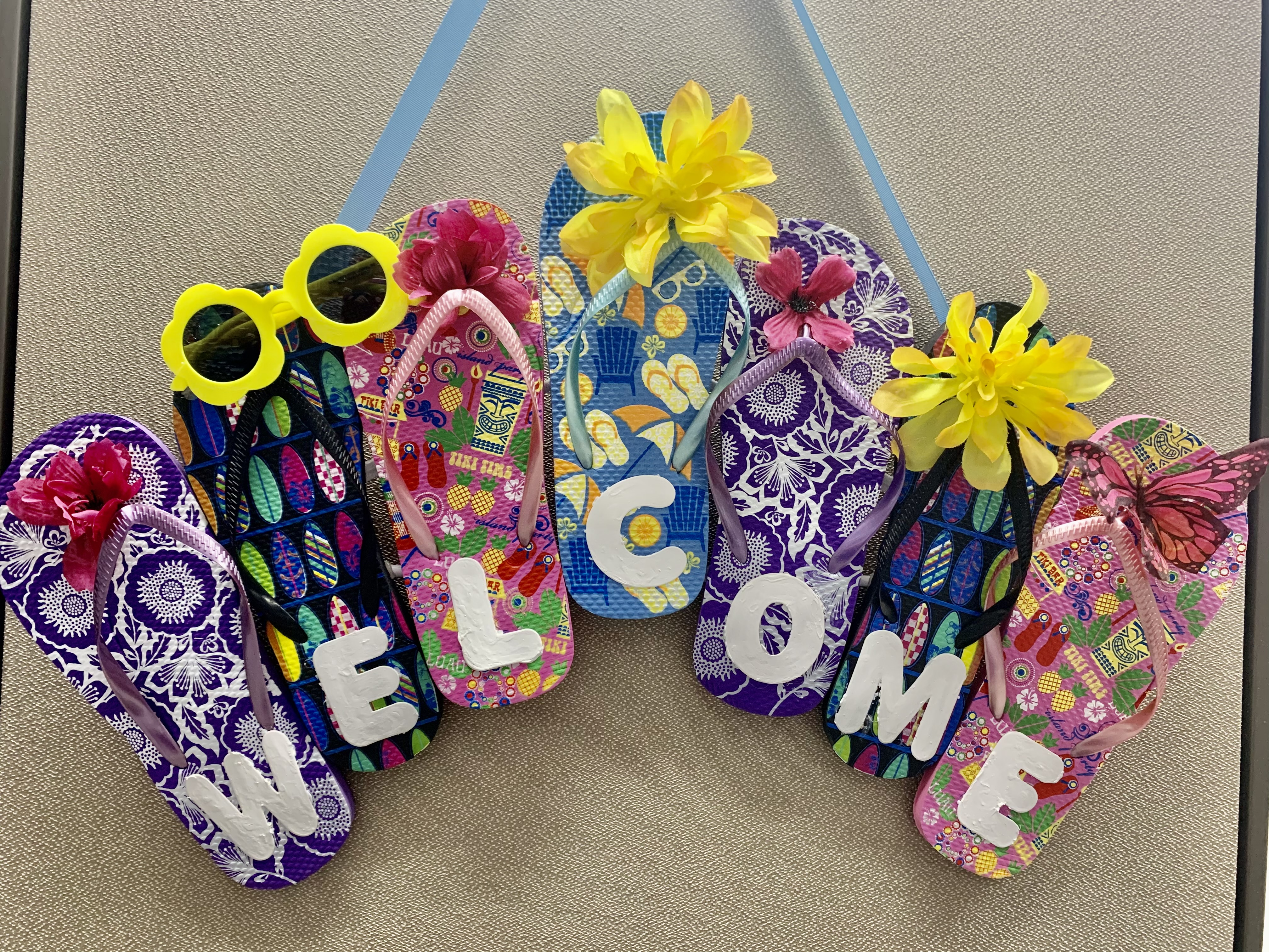 Craft and Chat: Flip-Flop Welcome Sign!