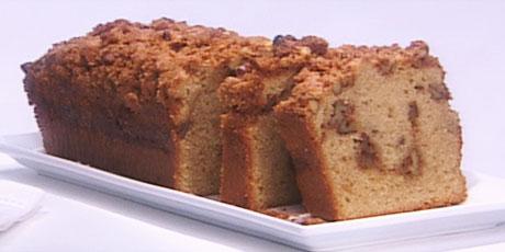 Snack Attack: Applesauce Cake
