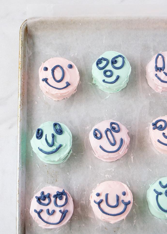 Kids Graphic Novel Book Club: Cupcake Doodles