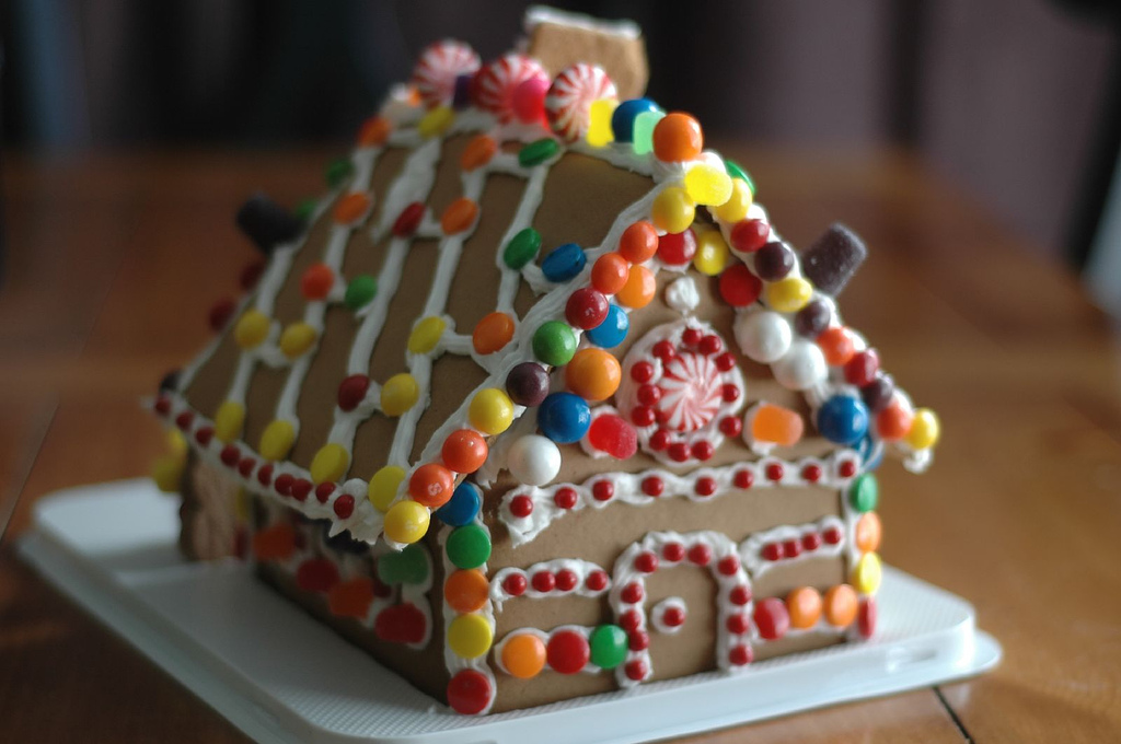 Gingerbread House Workshop (Ages 6-12)