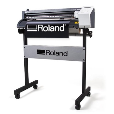 Learn How to Make a Self-Stick Vinyl Decal Using the Roland Vinyl Cutter in the Quad