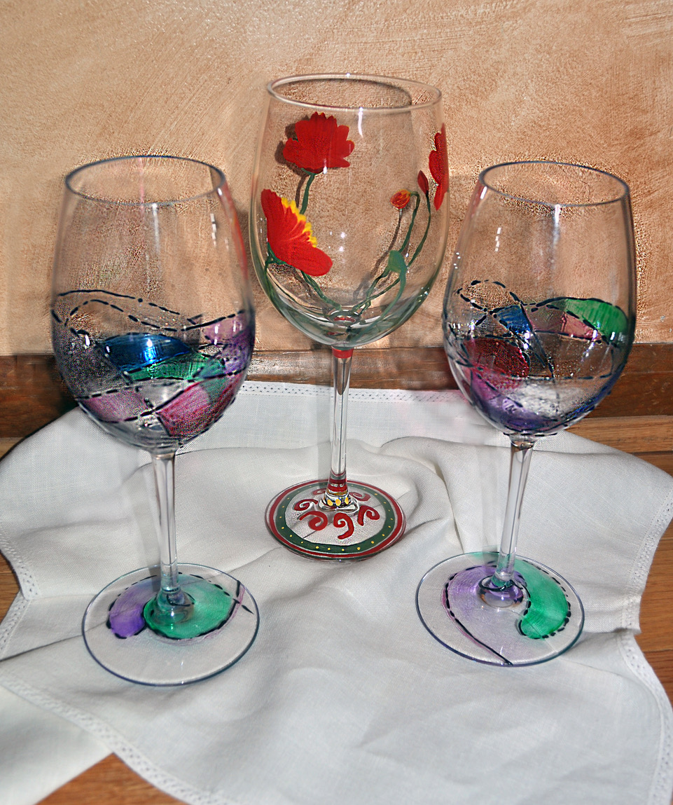 Date Night: Painting on Wine Glasses