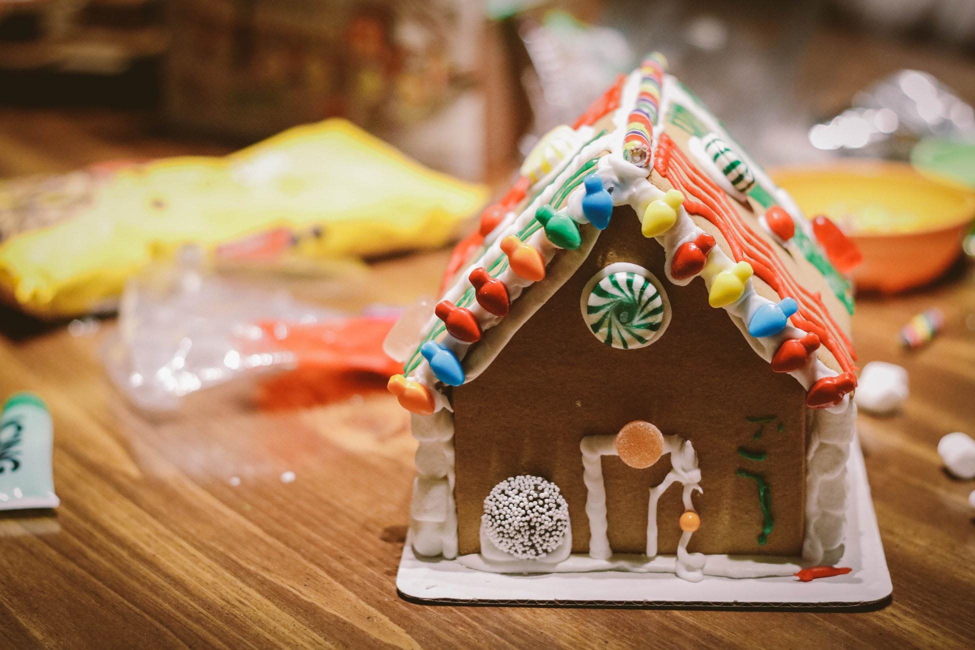 Gingerbread House: Parent & Child Workshop
