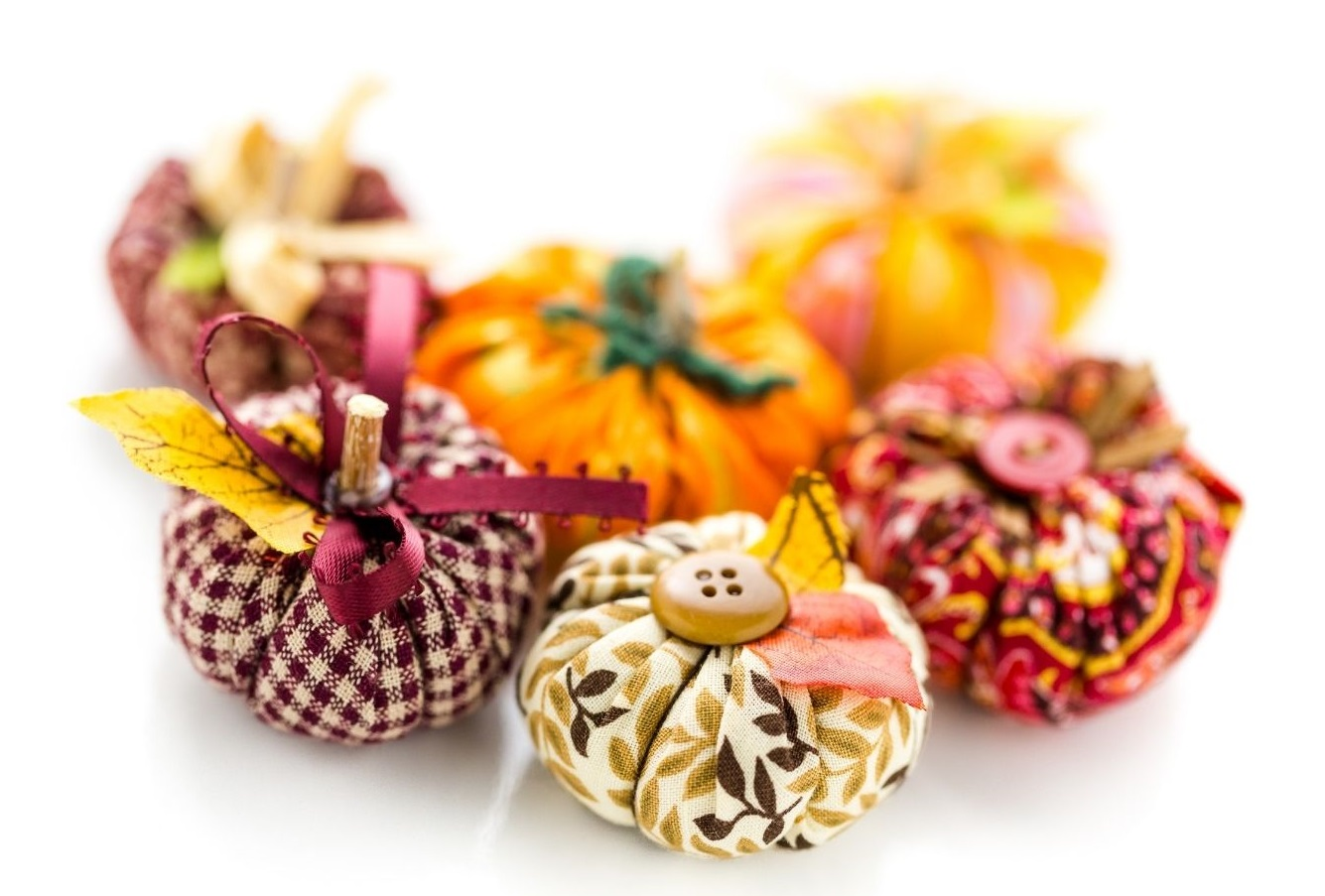 Folded Fabric Pumpkins (in-person)
