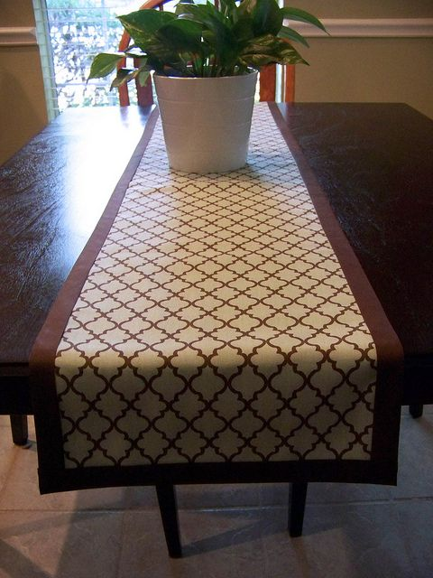 Maker Night -  No-Sew Table Runner with Iron-on design