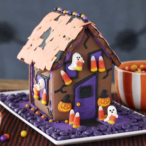 Haunted Gingerbread Program for Tweens & Teens