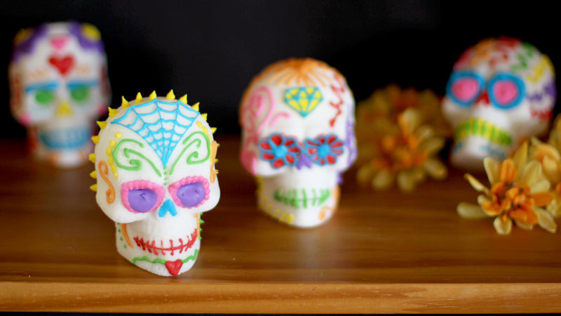 Dia De Los Muertos: Candy Skull DIY for Teens