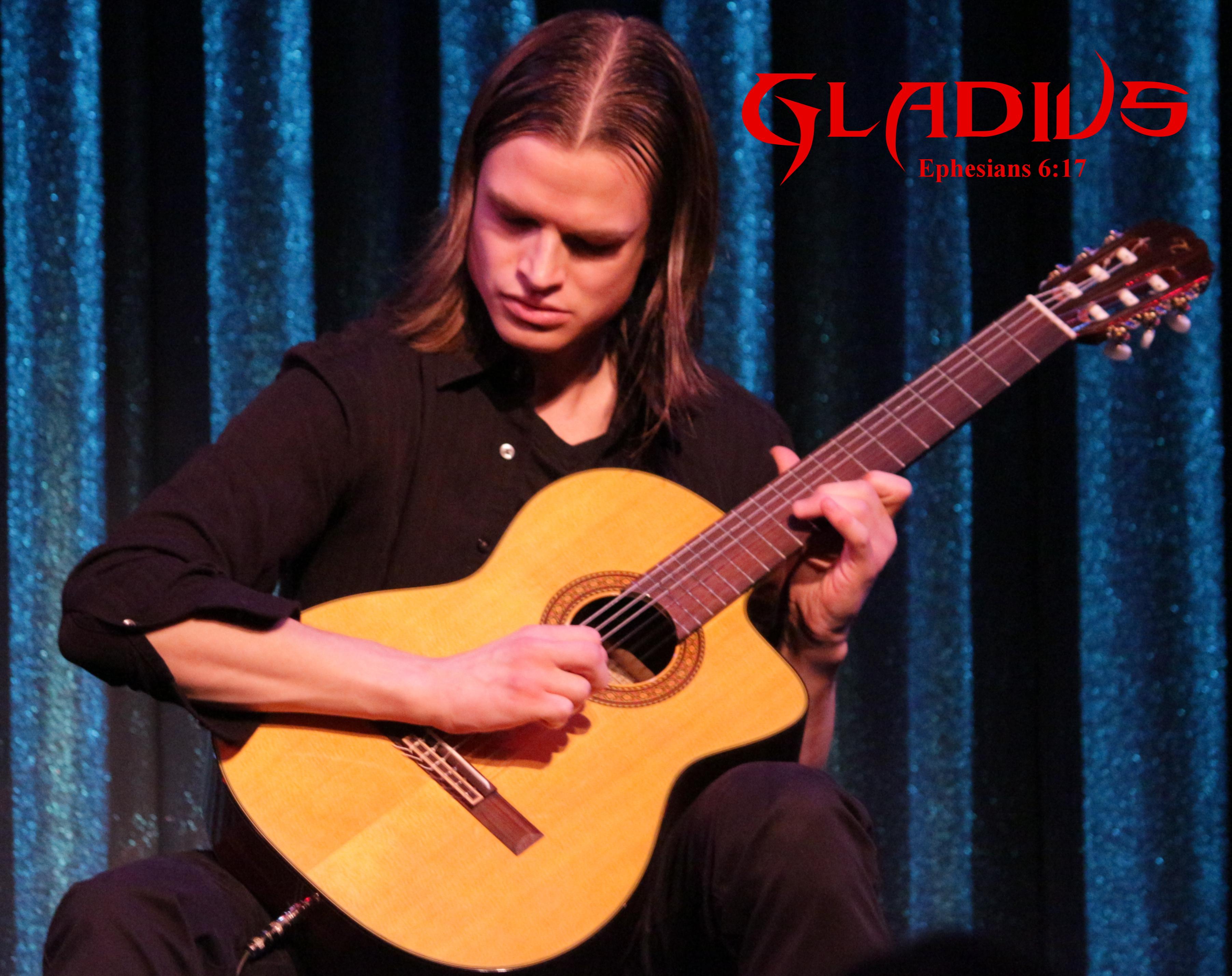 Gladius : A Virtual Music Performance