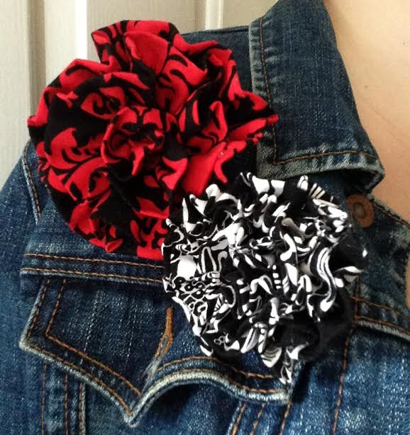 Discover Sewing: 10 Minute Flower Brooch