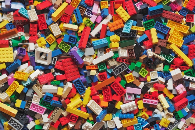Fun Fridays! - Virtual Literary LEGO Club