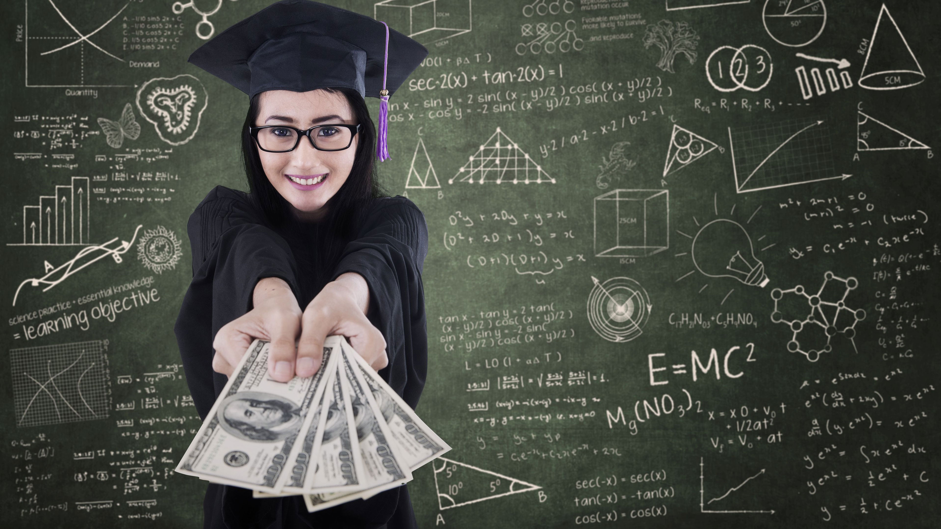 Paying for College with Bettina Weil (en español)
