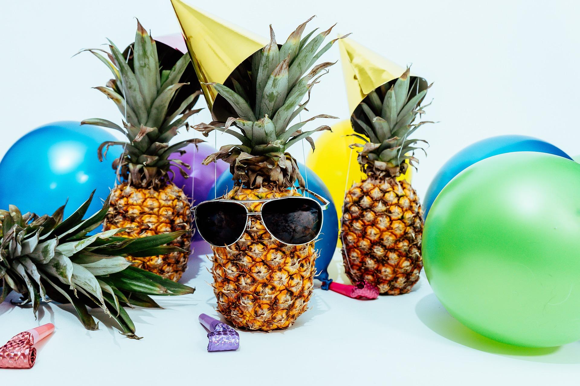 Teen Take & Make: Pineapple Magnets