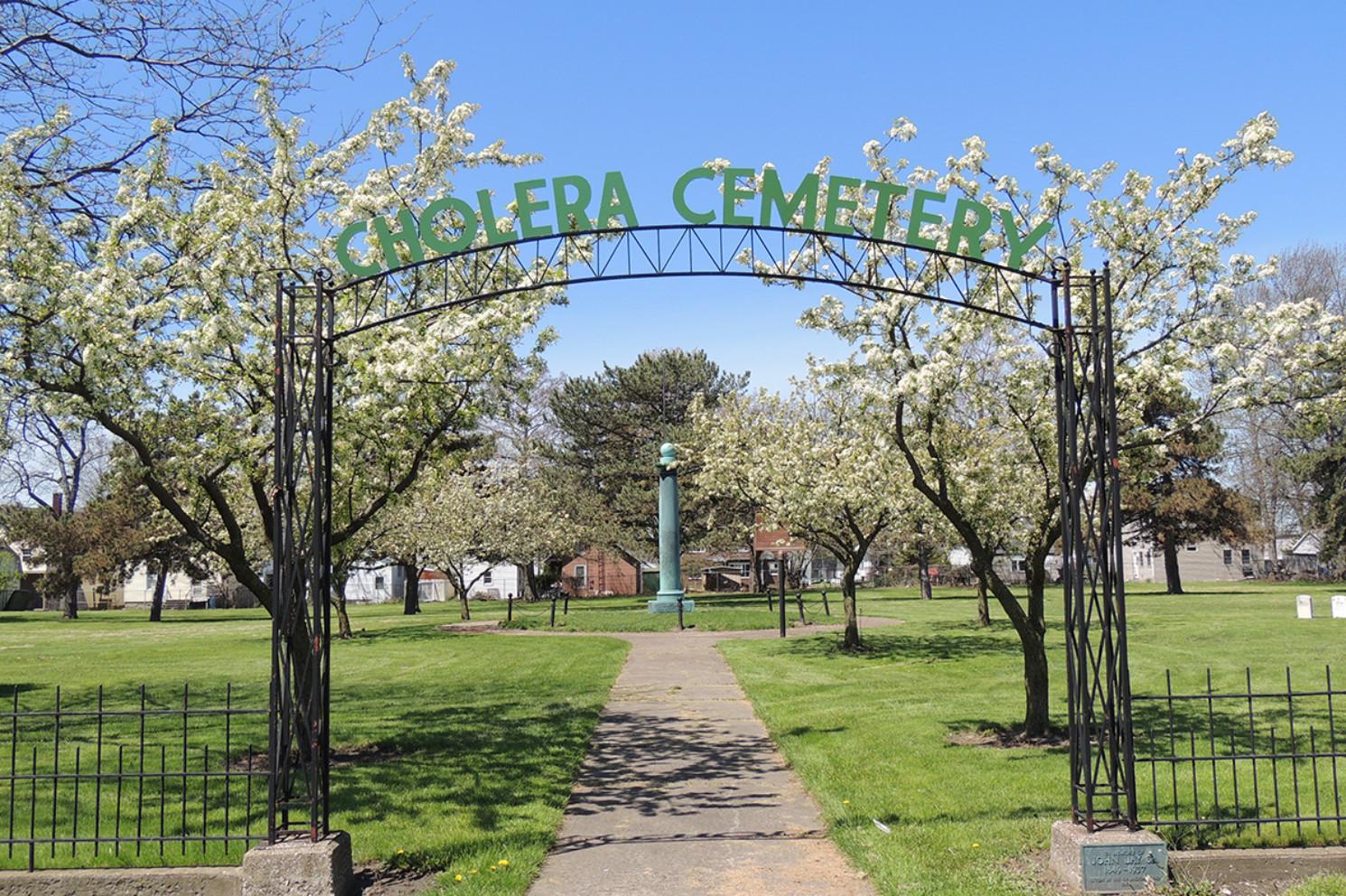 Cholera Cemetery Walk