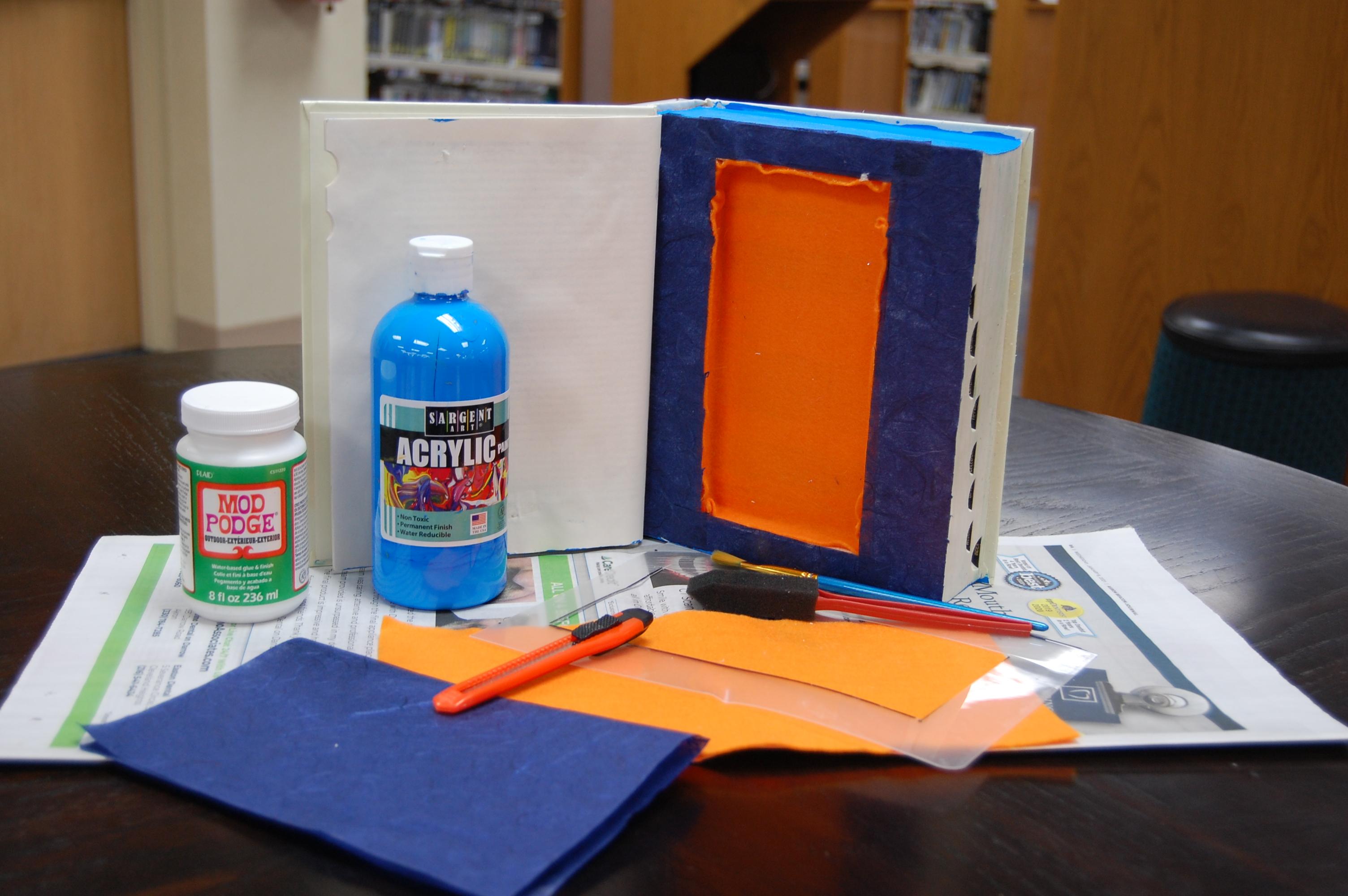 Virtual Craft Corner: Book Safe-Secret Hiding Place