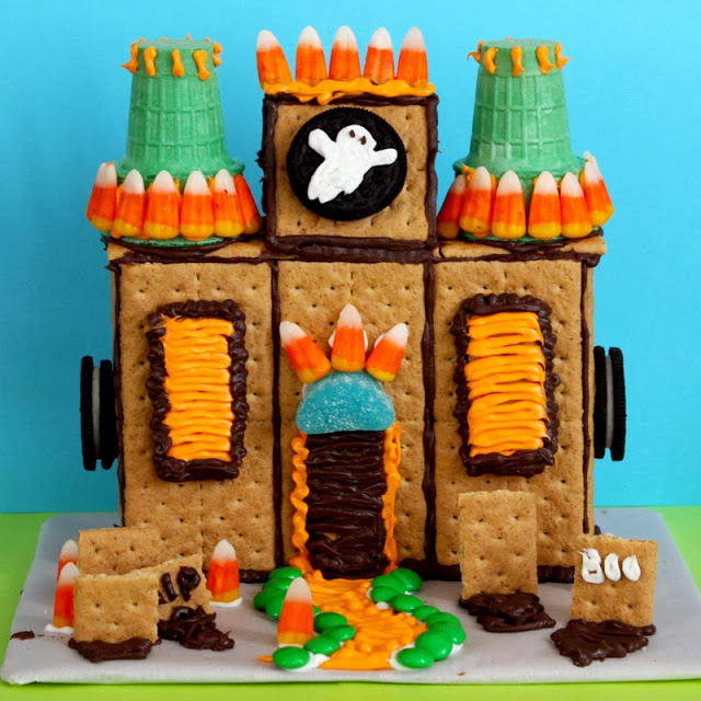 Haunted Gingerbread Houses