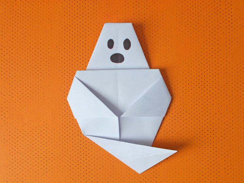 Virtual: Halloween Origami – Learn the Art of Japanese Paperfolding!