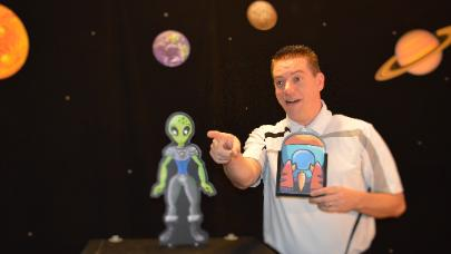 Steve Woyce: Out of This World Magic Show, All ages