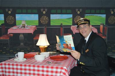 The Magic Conductor's Reading Adventure: The Dining Car Mystery