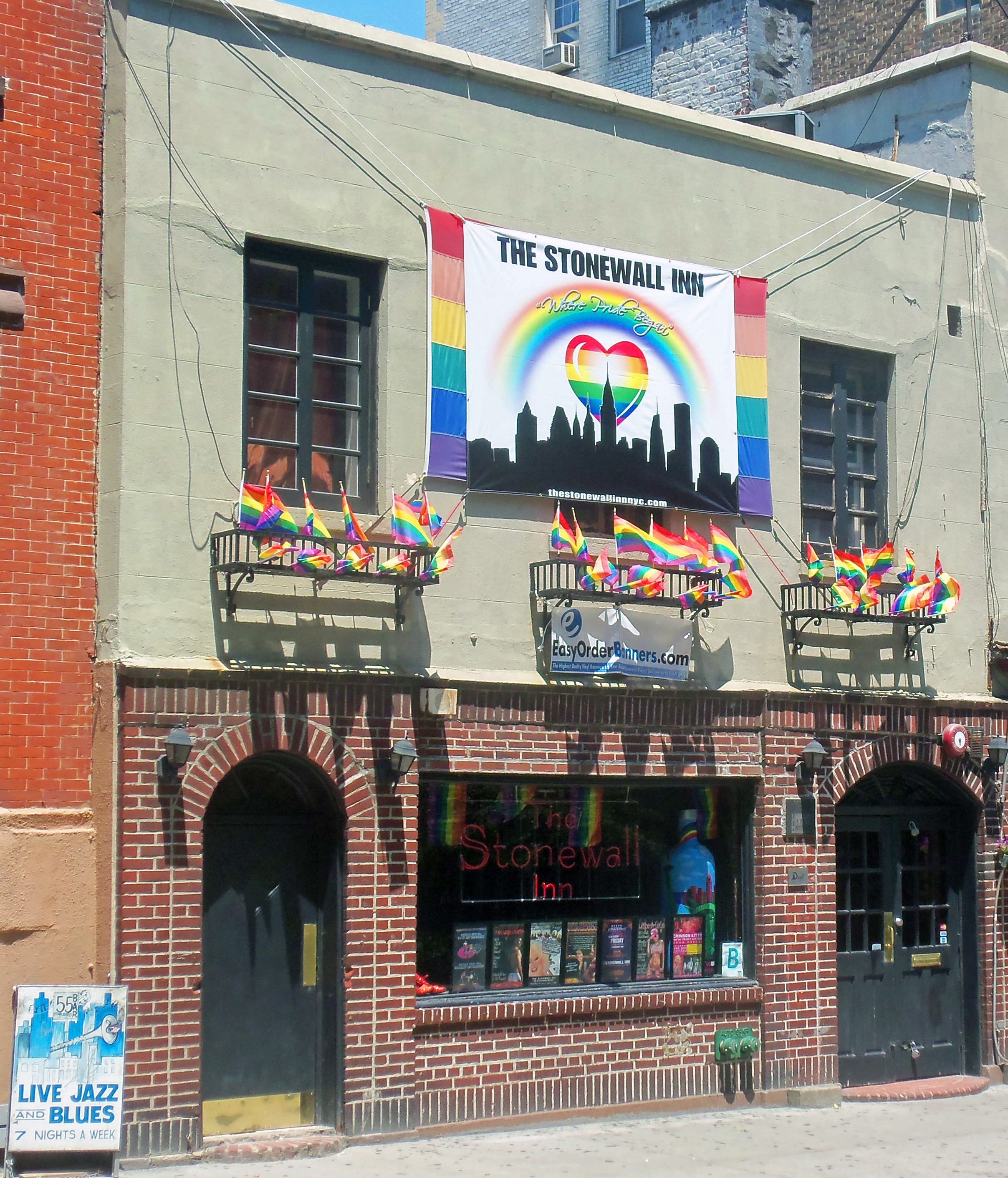 Stonewall 1969: Birth of the Modern Gay Rights Movement