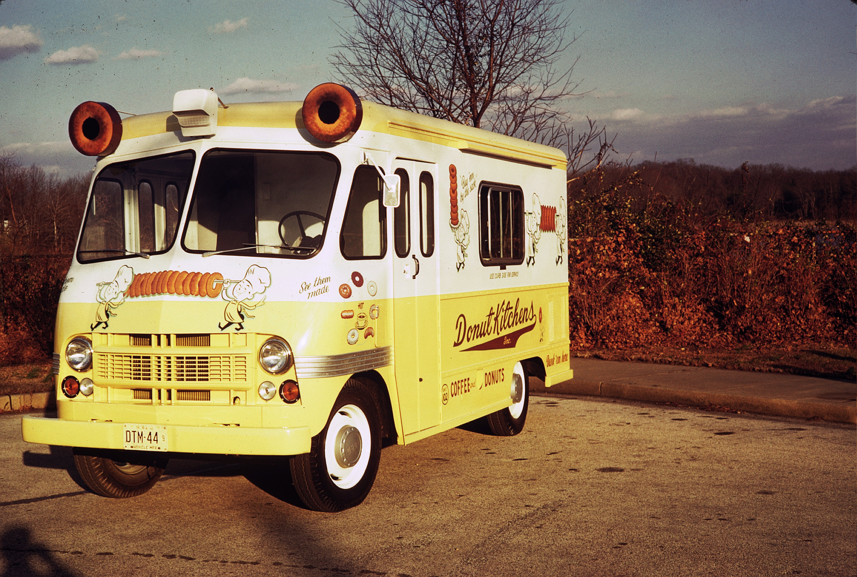 Food Trucks : A Brief History by Boyertown Museum of Historic Vehicles