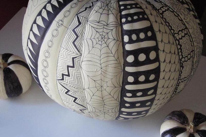 Makery: Zen Doodle Pumpkins