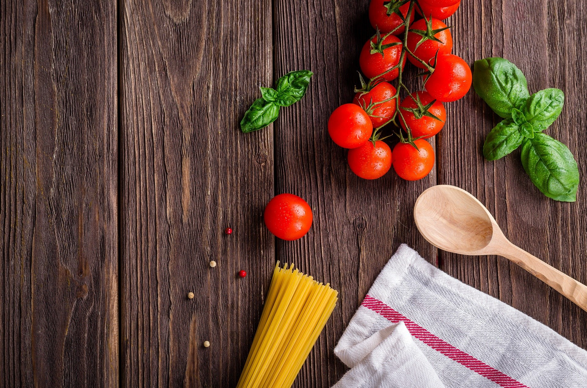 Nutrition Links:  Keeping Food Safe to Eat