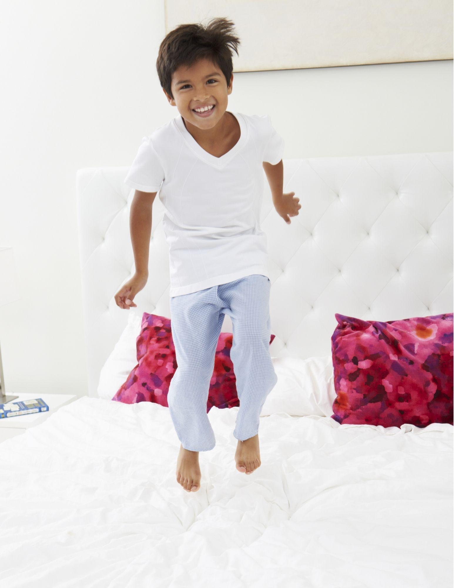 Virtual: Pajama Family Storytime/ Cuentos con pijamas para la familia