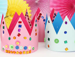 Children's Grab and Go Activity Kit: Decorate a Royal Crown!