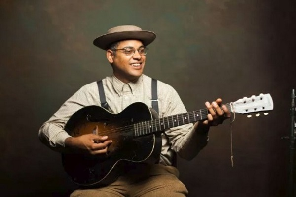 Dom Flemons: The American Songster