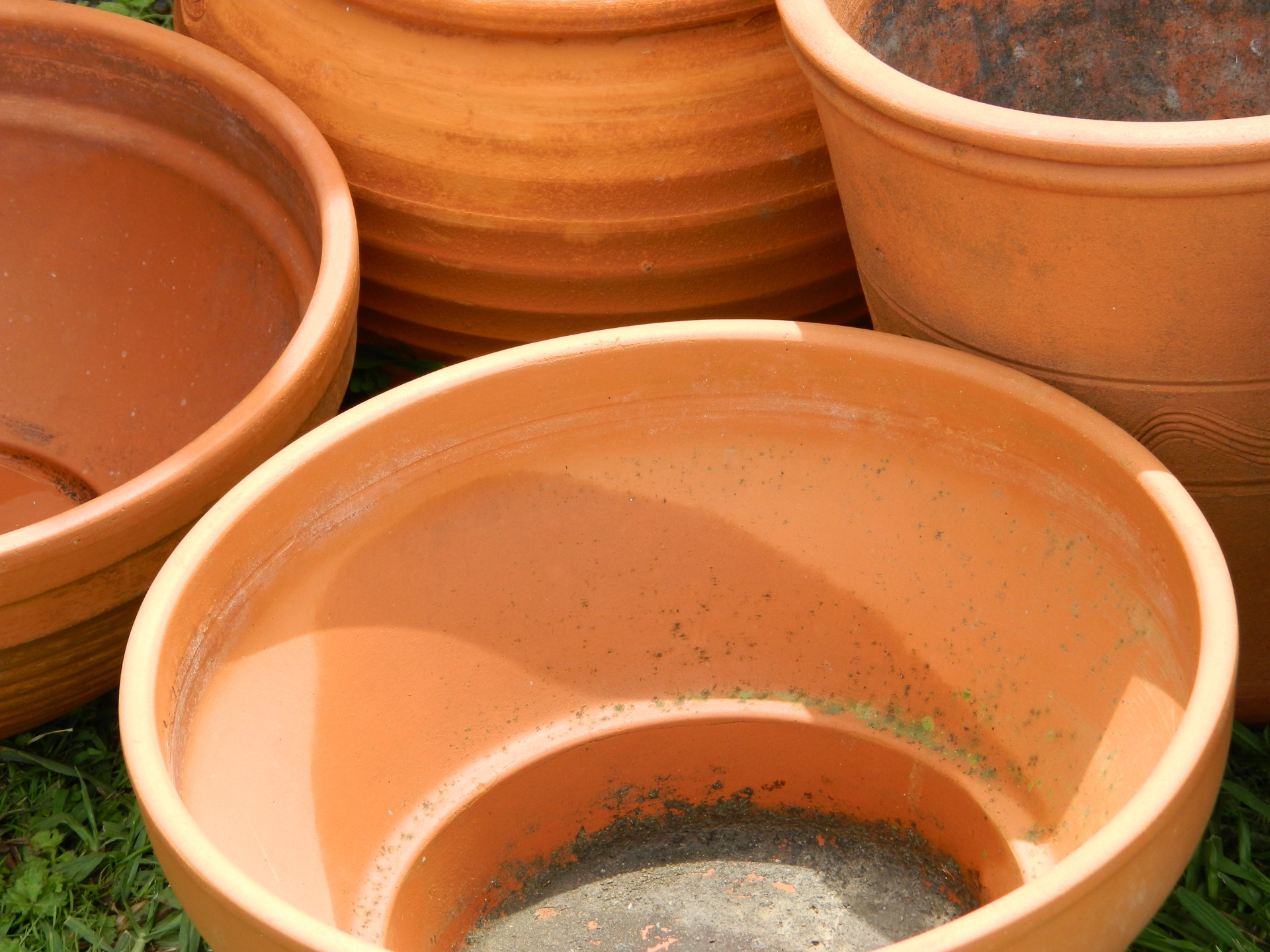 Get Crafty: Drip Paint Pots